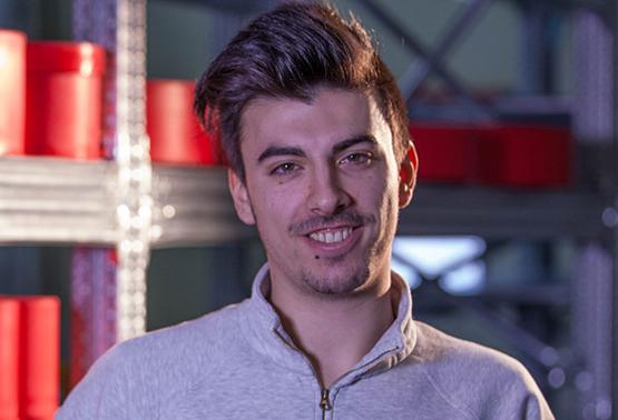 Luca: Mi piace lavorare in un'azienda che punta e investe molto sui giovani